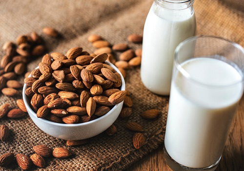 almond-almond-milk-bottle-1446318_0.jpg